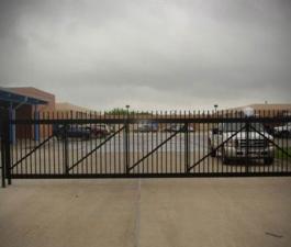 commercial-slide-gate-done