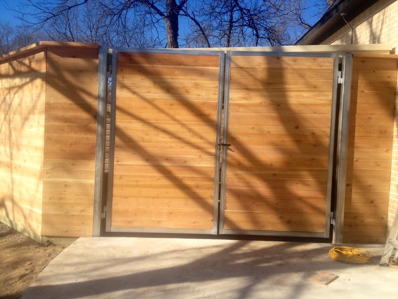 wood-swing-gate-2